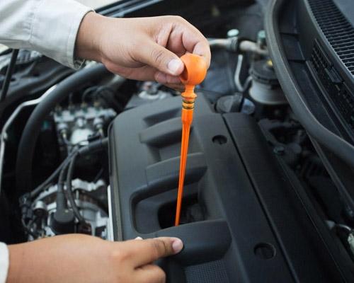 可以看见汽车检测设备期间核查正确操作流程